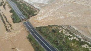 Maltempo in Sardegna, crolla il ponte tra Cagliari e Capoterra