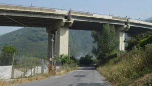 A16, indagine aperta su 11 viadotti