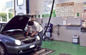 Revisione auto più semplice e più veloce