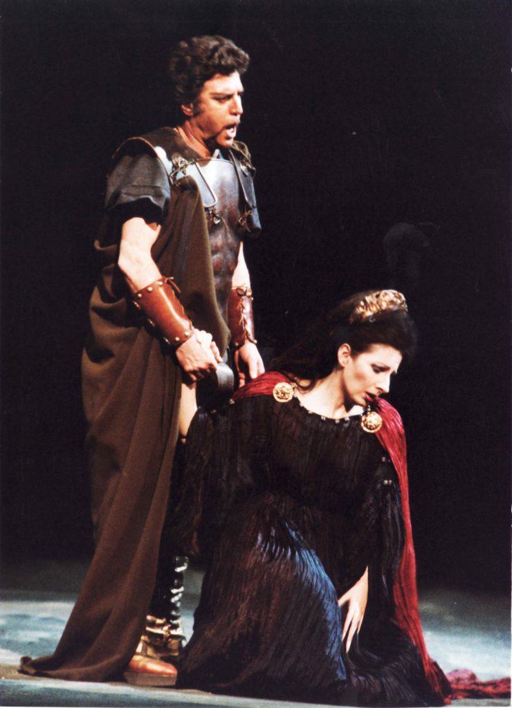 Lucia Aliberti col tenore Nicola Martinucci in _Norma_,Teatro Massimo Bellini,Catania
